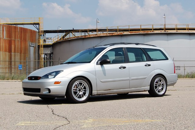 Ford Focus Station Wagon Lowered